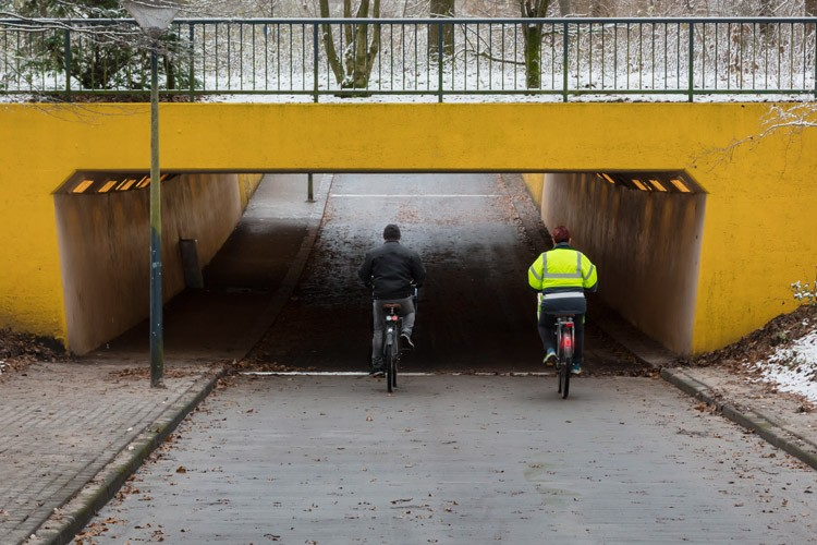 Tips for safe winter cycling