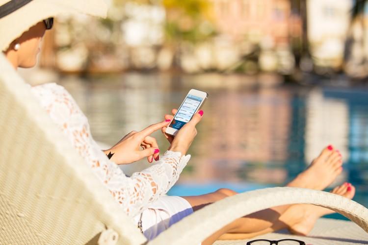 Zonder zorgen op reis met de apps van KBC. Check onze vakantiechecklist.